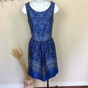 Floral satin blue sleeveless dress. POCKETS! Sz 6